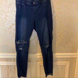 HUE size XL distressed ripped jetting jeans dark